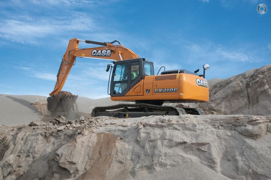 CASE CX210C Excavator