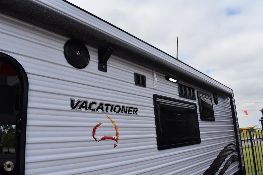 2019 Vacationer Roadtracker HR 226