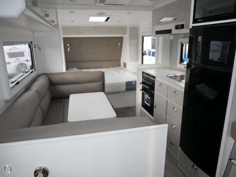 2019 JB Caravans Dirtroader 20\'8