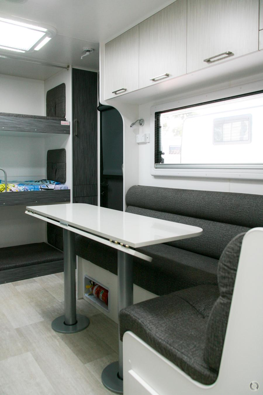 2019 New Age Gecko Family 18FT Comfort, GE18BES2
