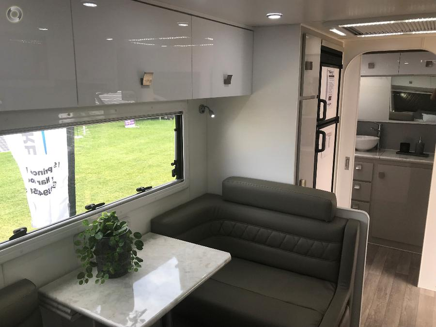 2018 Vacationer Highlander 210R  FULL OFFROAD PRICE SLASH!! (THIS VAN ONLY)