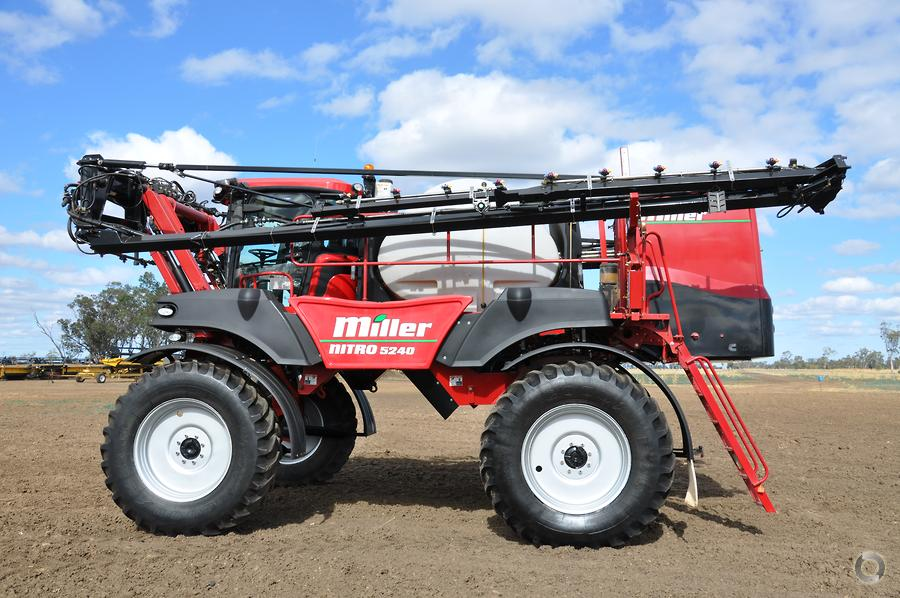 2014 Miller Nitro 5240 Sprayer