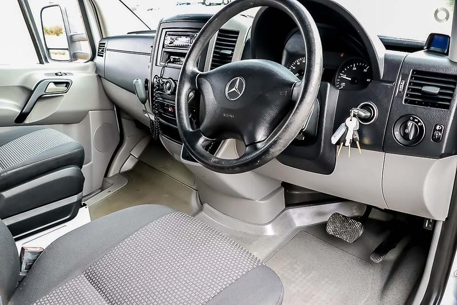 2007 Mercedes-benz Sprinter 6 Berth
