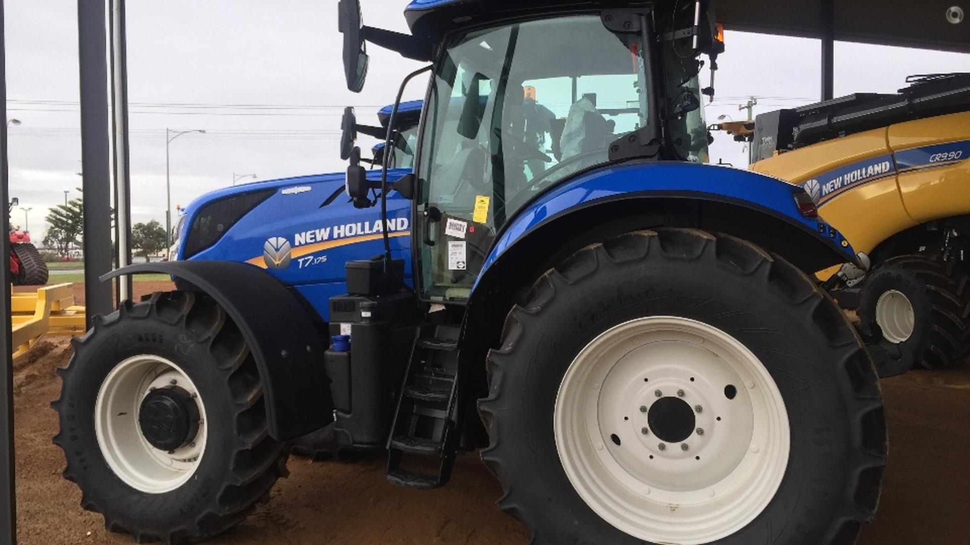 0 New Holland T7.175 Tractor