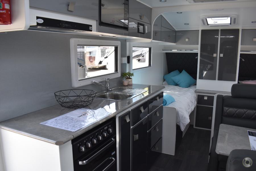 2018 Vacationer Escape 19R - Single Beds - Price Drop!!!