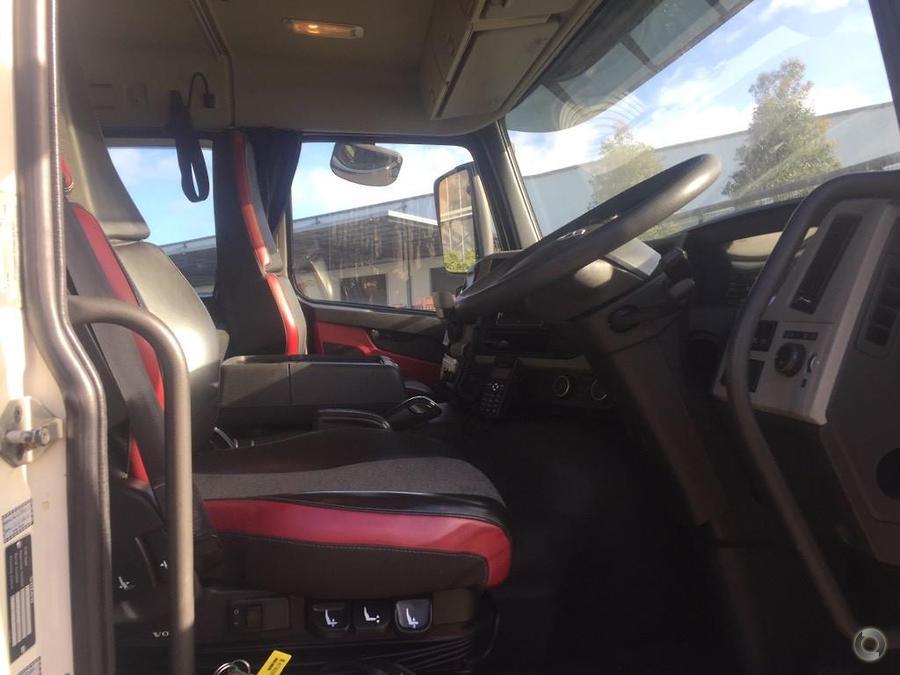 2014 Volvo FM450