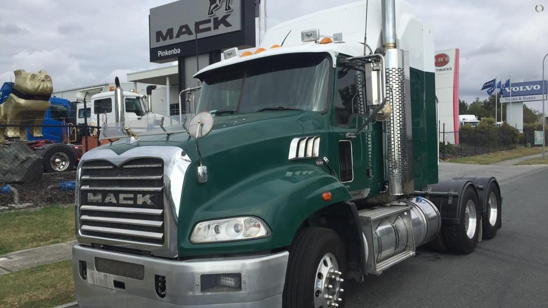 2014 Mack GRANITE