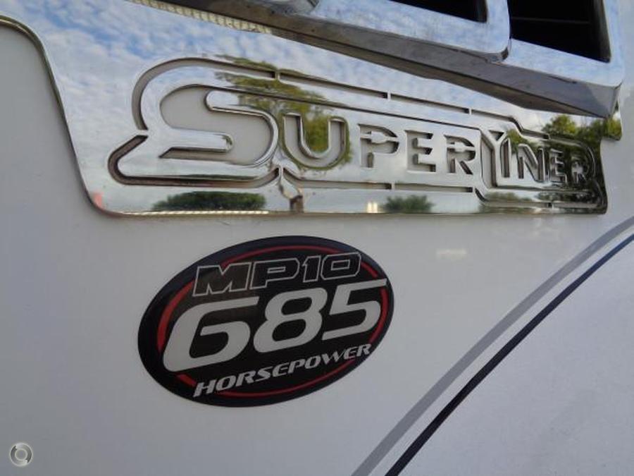 2013 Mack SUPER LINER