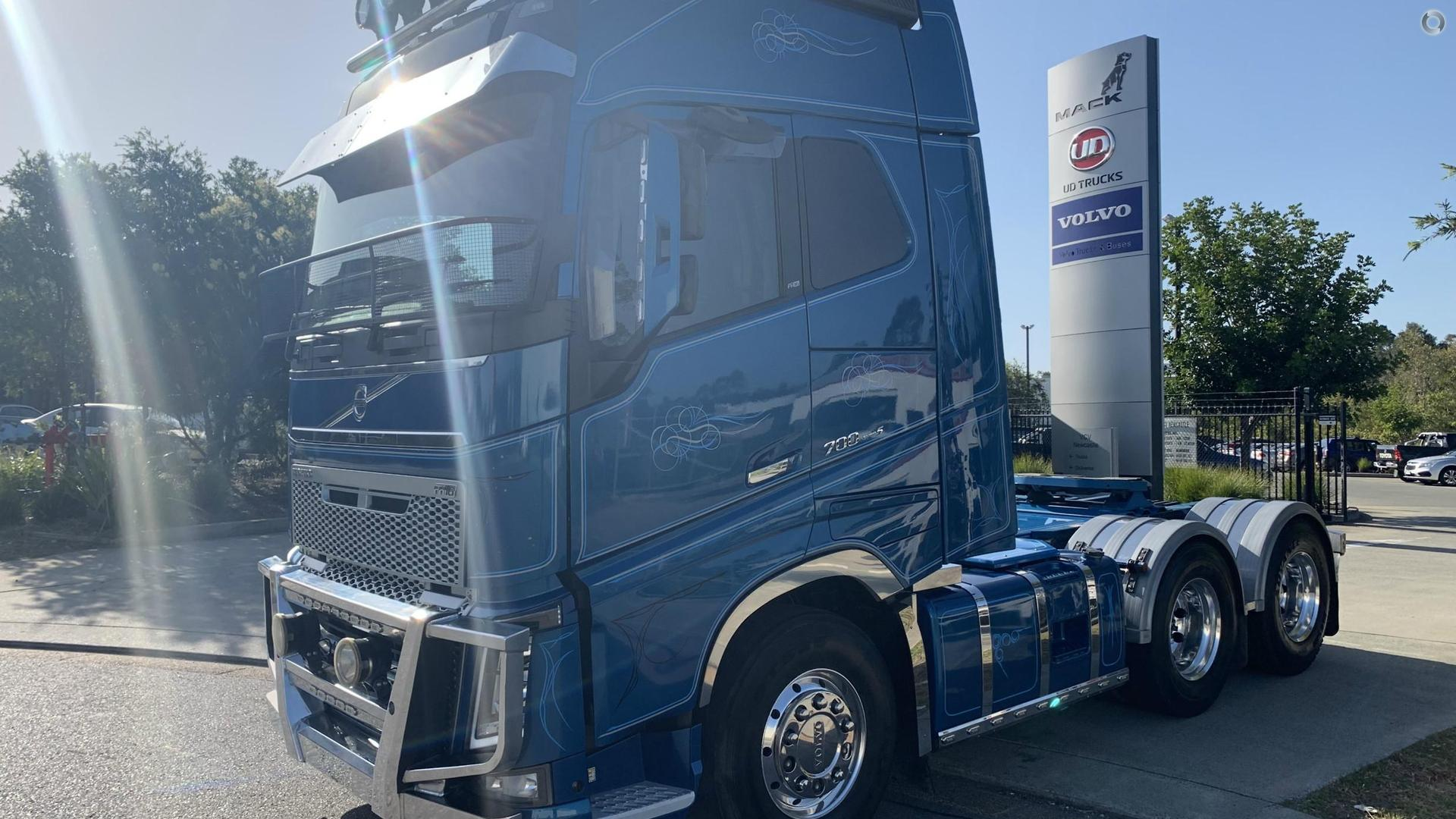 2015 Volvo FH700