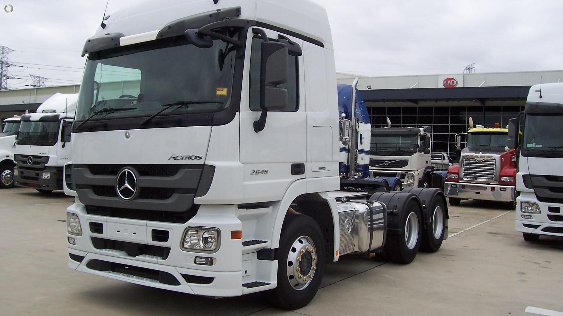 2014 Mercedes-Benz 2648